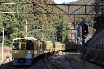 2019年1月27日 10時39分ころ、西吾野、1番ホームへ到着する2087Fの上り回送列車。