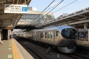 2019年2月24日 14時43分ころ。清瀬。3番ホームを001系の下り臨時列車が通過。