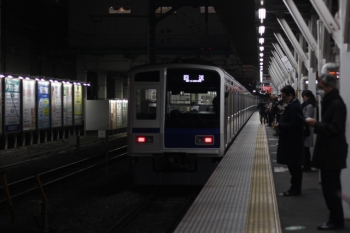 2019年3月1日 19時6分ころ。所沢。5番ホームから発車した6108Fの下り回送列車。4319レとして到着した編成です。