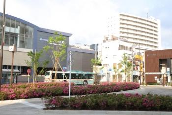 2019年5月4日。ひばりヶ丘。北口の駅前広場。ビルが立ち並び細い道があるだけだった数年前が幻のようです。