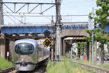 2019年5月5日 12時53分ころ。南大塚〜本川越。001-B編成の下り回送列車。