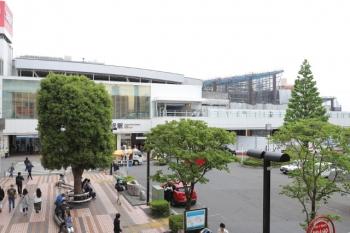 2019年5月6日 13時ころ。所沢。駅の西側から。右手奥が上の写真のところです。