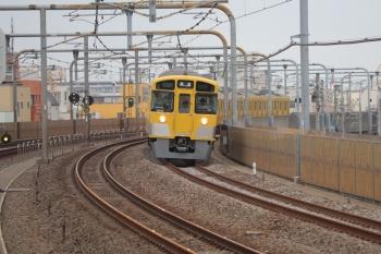 2019年5月12日 6時11分ころ。富士見台。2071Fの上り回送列車。