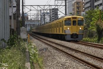 2019年5月13日。高田馬場〜下落合。2000系の2332レ。