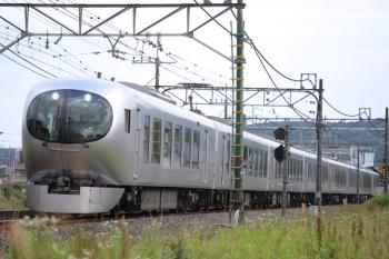 2019年6月8日 16時19分ころ。元加治。001-B編成の下り回送列車。