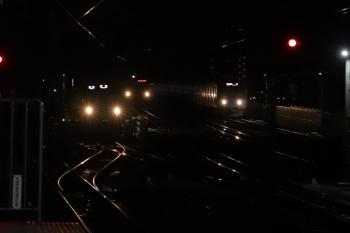 12019年7月14日 20時53分ころ。練馬。左から、豊島園から到着するN2000系の各停 池袋ゆき、メトロ7000系の6708レ、20000系の2174レ。