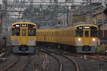 2019年7月21日。西所沢。2091Fの1002レ(左)と2069Fの5315レ。