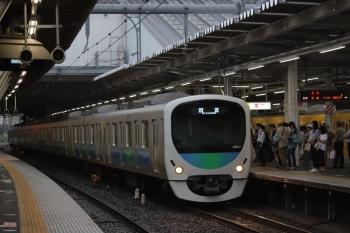 2019年7月21日 17時32分ころ。所沢。3番ホームを通過する38117Fの上り回送列車。