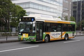 2009年6月6日、新木場駅近く、東京都交通局のバス L-S134 ハイブリッド車