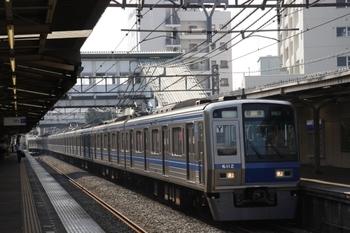 2009年6月27日 7時45分頃、椎名町、6112Fの56M運用の下り回送列車。
