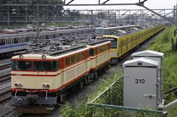 2009年7月19日、小手指車両基地、留置中のE34+E31,263F+2077F。
