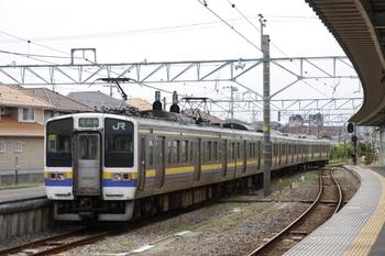 2009年8月9日、銚子、クモハ211-3041ほかの446M。