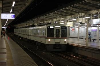 2009年8月14日 21時16分、入間市、4007Fの下り回送列車が通過。