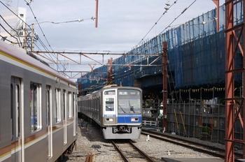 2009年8月14日、石神井公園、6112Fの2504レ。