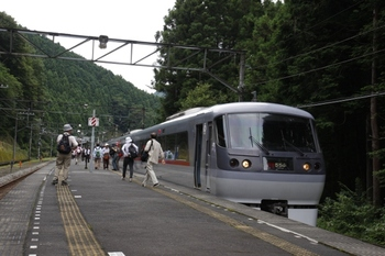 2009年8月25日 9時35分頃、西吾野、臨時停車の10103Fの7レ。
