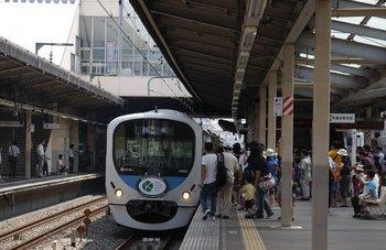 2009年8月29日 11時47分頃、所沢方から到着した38101Fの車両基地ゆき臨時列車。