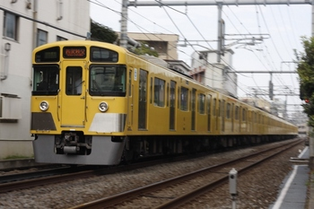 2009年9月8日、池袋~椎名町、西武秩父ゆき4801レの2091F+2461F。
