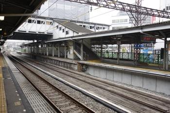 2009年9月13日、江古田、上りホームから下りホーム・池袋方を撮影。