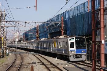 2009年9月17日 7時58分頃、石神井公園、6152Fの通勤準急 池袋ゆき(4802レ)。