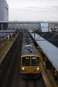 2009年11月16日、所沢、1311Fの5806レ。