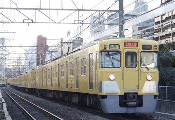 2009年12月22日、高田馬場~下落合、2401F+2001Fの準急 玉川上水ゆき(4251レ)。