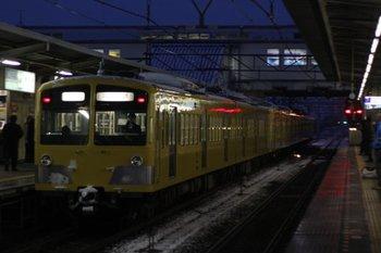 2010年2月2日(火) 6時22分頃、所沢、277F+1253Fの新宿線・上り回送列車。