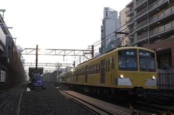 2010年2月17日、石神井公園、4109レの275F+1303F。