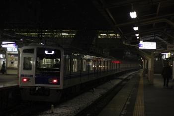 2010年2月18日 5時52分ころ、所沢、6153Fの池袋線 上り回送列車。