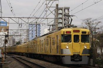 2010年3月8日、高田馬場~下落合、2417F+2511F+2533Fの2754レ。