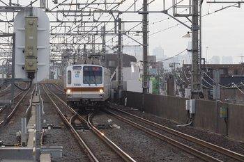 2010年3月17日 6時56分ころ、練馬高野台、メトロ7033Fの下り回送列車。