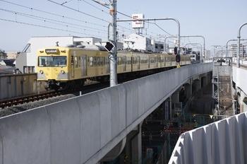 2010年3月22日、武蔵境、4番ホームへ到着する1221Fの140レ。