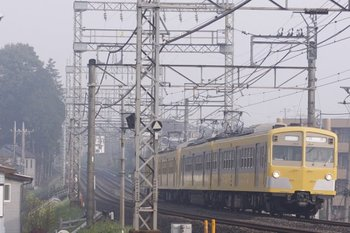 2010年4月21日 6時40分頃、西所沢~小手指、271F+275Fの上り回送列車。