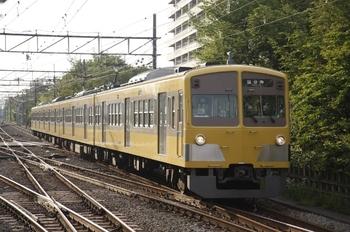 2010年5月3日、萩山、1261Fの5584レ。