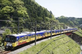 2010年5月8日、東吾野~吾野、3011Fの急行 西武秩父ゆき(2107レの延長)