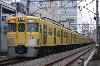 2010年6月9日、高田馬場~下落合、2015F+2533Fの2667レ。
