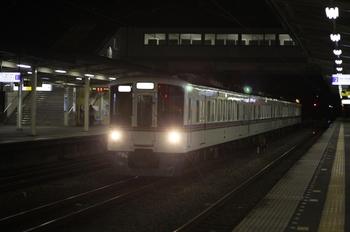 2010年6月16日 21時20分頃、仏子、4019Fの下り回送列車。