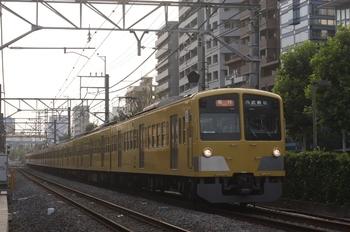 2010年7月6日、高田馬場~下落合、1301F+281Fの2812レ。