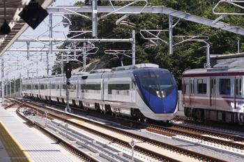 2010年7月19日、成田湯川、通過するスカイライナー12AE02bレほか。