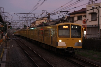 2010年7月20日、秋津、277F;1303Fの2157レ。