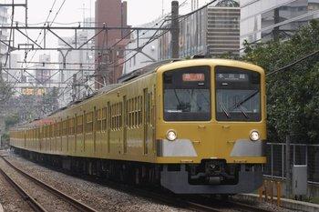 2010年8月1日、高田馬場~下落合、1239F+295F+1253Fの2637レ。