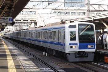 2010年8月3日、所沢、6152Fの6706レ。