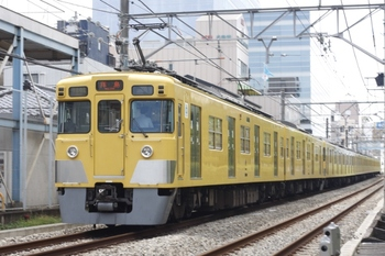 2010年8月6日、高田馬場~下落合、2409F+2093Fの3309レ。