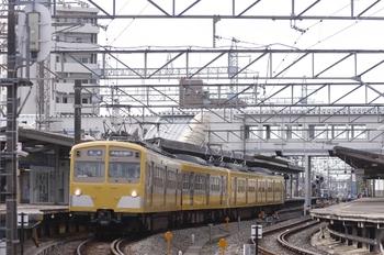 2010年8月12日、西所沢、発車した271F+287Fの6113レ。