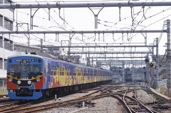 2010年8月31日、飯能、発車した3011Fの快急 西武秩父ゆき。