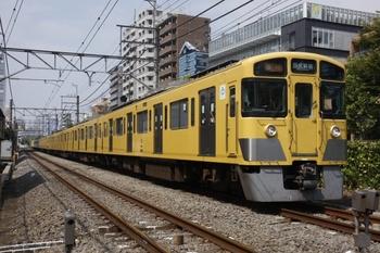 2010年9月12日 10時33分頃、高田馬場~下落合、2535F+2013Fの急行 西武新宿ゆき。