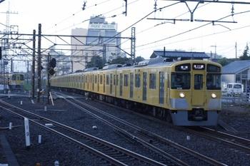 2010年9月17日、所沢、2055F+2403Fの5605レ。