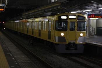 2010年9月21日 19時55分頃、西所沢、2063Fの上り回送列車。