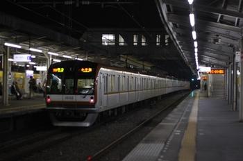 2010年10月15日、西所沢、メトロ10002Fの4705レ。