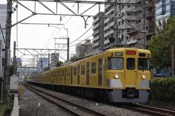 2010年10月19日、高田馬場~下落合、2407F+2003Fの3308レ。