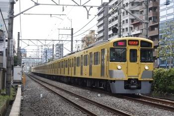 2010年10月26日、高田馬場~下落合、2061F+2409Fの2754レ。